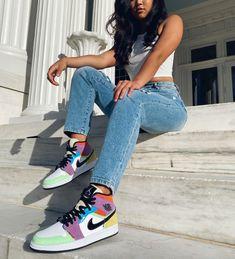 Moda Streetwear, Streetwear Fashion, Mode Outfits, Grunge Outfits, Jordan Outfits Womens, Moda Sneakers, Sneakers Nike, Air Jordan Sneakers, Tenis Nike Air