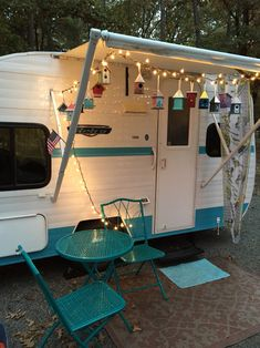 Retro Camping- I could do this with my red bistro set