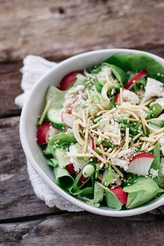 This yummy Japanese sesame dressing is rich and creamy with a sesame nutty flavour. It's a favourite of Japanese people's and it goes with every salad.