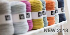 We specialise in handmade woollen accessories for giant knitting, macrame, crochet and weaving. DIY Kits and Made For You products. Giant Knitting, Loom Weaving, Yarn Needle, Knitting Needles, Diy Kits, Yarns, Crochet Hooks, Macrame, Colours