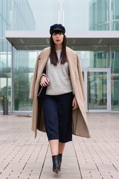camel coat – Set pullover – Topshop culottes – Selected Femme ankle boots – HMxMMM sailor's cap – Asos flap bag – Zara watch – Cluse