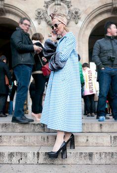 Paris Fashion Week Street Style : Vichy Coat | Modern Elegance - by Lelook #TheSartorialBlonde