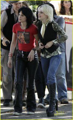 Kristen Stewart, Dakota Fanning on set of The Runaways