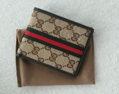 New Gucci Men's Brown  GG Guccissima Bifold Leather Wallet. #Gucci