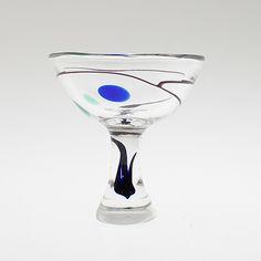 """VICKE LINDSTRAND, SKÅL PÅ FOT, glas, """"Abstracta"""", Kosta."""