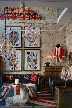 Interiors & Glamour - funky Living Room