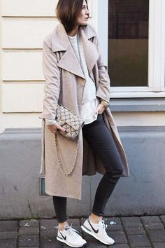 Ina Coat from Filippa K worn by style blogger Lena Terlutter #nakdfashion Mehr
