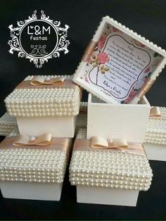 Cajitas con perlitas Wedding Favours, Wedding Cards, Party Favors, Wedding Gifts, Wedding Invitations, Wedding Boxes, Box Creative, Dream Wedding, Wedding Day