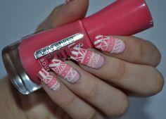 Unpretty girl who does nail art.