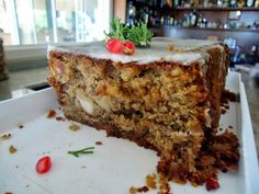 bolo de frutas Healthy Cake, Healthy Snacks, Healthy Recipes, Cupcakes, Cupcake Cakes, Bolos Light, Muffin Cups, Banana Bread, Bolo De Chocolate