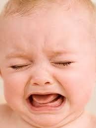 ora vorrei riposare sperando che la bimba dei vicini non inizi nuovamente a piangere come ieri  #noncelapossofare #zzub