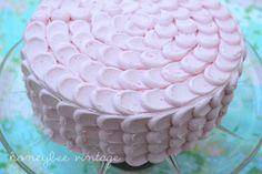 Honeybee Vintage: The Petal Cake