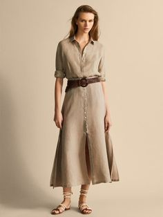 Women´s Linen Capsule at Massimo Dutti online. Enter now and view our Spring Summer 2019 Linen Capsule collection. Mode Outfits, Skirt Outfits, Beach Skirt, Linen Skirt, Winter Fashion Outfits, Muslim Fashion, Cotton Dresses, Shirt Dress, Summer Dresses
