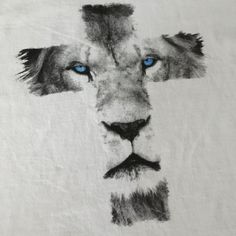 Lion Cross Browse through over high quality unique tattoo designs from the world's best tattoo artists! Great Tattoos, Sexy Tattoos, Unique Tattoos, Body Art Tattoos, Tattoos For Women, Tattoos For Guys, Unique Christian Tattoos, Christian Sleeve Tattoo, Tattoo Girls