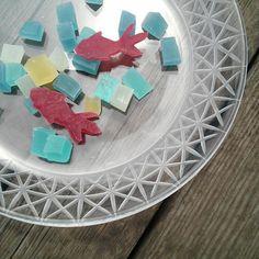 SNSで話題♡まるで天然石な「琥珀糖」をおうちで手作り!  -  Locari(ロカリ)