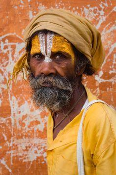 Amarillo // the yellow face