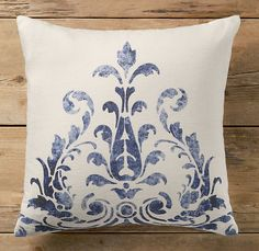 Floral Scroll Print Pillow Cover