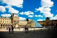 Louvre. Photo by Van Machado.