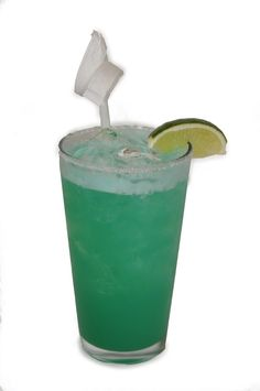 #Motown Margarita recipe. Ingredients: 2 oz Tequila 0.50 oz Blue curacao 1.5 oz Sweet and sour Splash of Orange juice and Lime juice  In a salted rim pint glass mix all ingredients together. Shake till frothy top then pour. Garnish with a lime wedge. #BBKing #Drinks