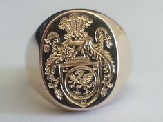 Oxford classic oval full coat of arms pinkie in 18ct