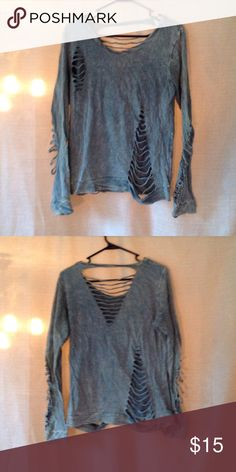 Daytrip distressed shirt! Daytrip army green distressed shirt. Super cute with a tank top under or without. Only worn a handful of times! Tops Tees - Long Sleeve