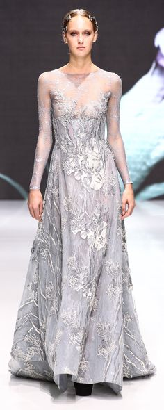 Michael Cinco Fall-winter 2016-2017 - Couture - http://www.orientpalms.com/Michael-Cinco-6228