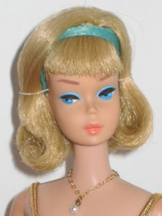 Japanese Sidepart American Girl Barbie in  Blonde