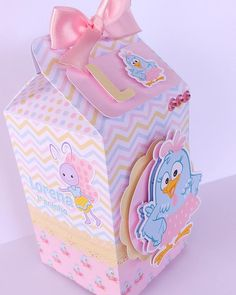 Baby Candy, Diy And Crafts, Paper Crafts, Milk Box, Baby Birthday, Candy Colors, Alice, Centerpieces, Decorative Boxes