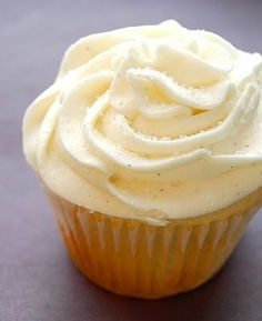Starbucks copycat Vanilla Bean cupcake recipe OH MY GOD!!