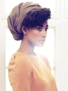 Great use of natural flare to hairlight a model :)