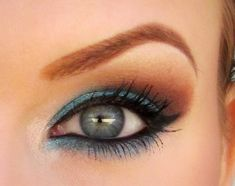 Blue Eye Makeup. Because Everything Is Sexier In Blue. Visit bartenurablue.com to find out what everyone is talking about. #Bartenura #Blue #Moscato #Makeup #Sexy