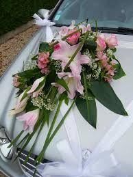 rsultat de recherche dimages pour dcoration voiture mariage fleurs - Fleurs Capot De Voiture Mariage
