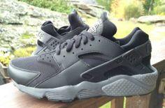 Nike Air Huarache – Black / Cool Grey