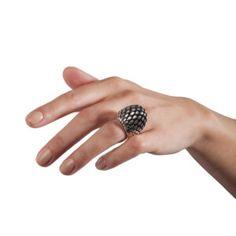 Sarah Herriot • Jewellery & Applied Arts Designers & Artists • Designyard.com White Earrings, Stud Earrings, Wedding Engagement, Wedding Rings, Wave Ring, Contemporary Jewellery, Designers, How To Apply, Pendants