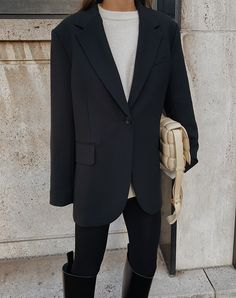Blazers For Men, Black Blazers, Yves Saint Laurent, Winter Fits, Minimal Fashion, Women's Fashion, Everyday Outfits, Work Wear, Fall Outfits