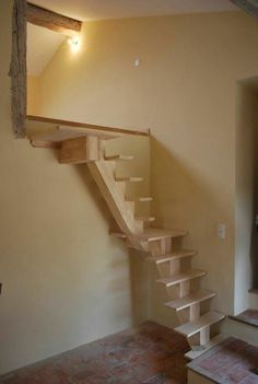 another great idea of a tiny staircase to loft! Garage Stairs, Tiny House Stairs, Attic Stairs, Architecture Renovation, Attic Renovation, Small Staircase, Staircase Design, Small Space Stairs, Stair Ladder