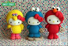 Hello Kitty Meets Sesame Street Cake Toppers made by Sugar High Hello Kitty Cake, Hello Kitty Birthday, Fondant Cake Toppers, Cupcake Cakes, Baking Cupcakes, Sesame Street Cake, Cat Party, Kawaii, Clay Charms