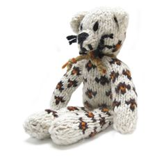 Spider Small Leopard, hand knitted in natural wool, by the women of Kenana Knitters