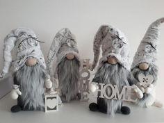 Škriatkovia , Vianočné dekorácie | Artmama.sk Diy Christmas Gifts For Kids, Pink Christmas Decorations, Cone Christmas Trees, Christmas Gnome, Christmas Baubles, Christmas Crafts, Bohemian Christmas, Shabby Chic Christmas, Arts And Crafts Box