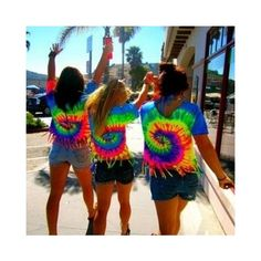 matching tyedye shirts with friends