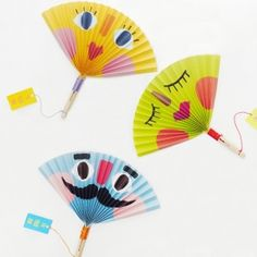 I'm your fan! Because you're hot. Make these fun summer paper fans. Templates and tutorial