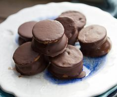 The easiest way ever to make this vintage classic moon pie is this recipe calls for just four ingredients, and takes less than 10 minutes to make!
