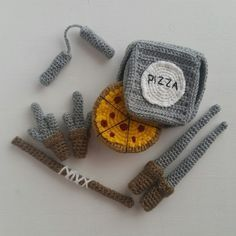 A[mi]dorable Crochet: Teenage Mutant Ninja Turtle Pattern- pinning for the crocheted weapons