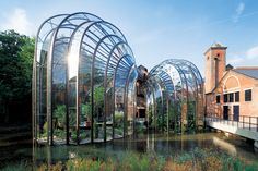 〈Bombay Sapphire Distillery〉 Laverstoke Mill, London Road, Whitchurch Hampshire RG28 7NR
