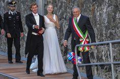 Beatrice Borromeo de Armani Privé en la rescepción post-boda.