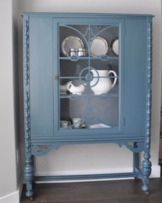 China Cabinet with Fusion Homestead Blue- AND check out our current contest to win $150 of Fusion Mineral Paint http://www.suburble.com/2015/05/homestead-blue-on-the-china-cabinet-win-150-of-fusion-paint.html
