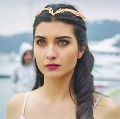tuba buyukustun on pinterest actresses horse love and