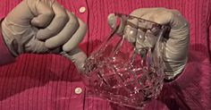 How To Identify Valuable Glass (And The Difference Between Pressed Glass And Cut Glass). Antique Glassware, Antique Bottles, Vintage Bottles, Vintage Dishes, Vintage Items, Vintage Perfume, Cut Glass, Glass Art, Ball Jars
