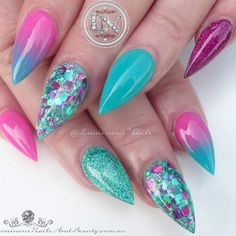 Ombre and Glitter Combo for Short Stiletto Nails That Will Catch Your Eye ★ See more: https://naildesignsjournal.com/short-stiletto-nails-designs/ #nails