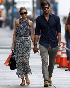 Olivia Palermo wears a mismatched outfit Olivia Palermo and model boyfriend Johannes Huebl take a stroll in New York City on Thursday Olivia Palermo Outfit, Estilo Olivia Palermo, Olivia Palermo Lookbook, Olivia Palermo Style, Fresh Outfits, Casual Outfits, Look Man, Mens Fashion Blog, Men's Fashion